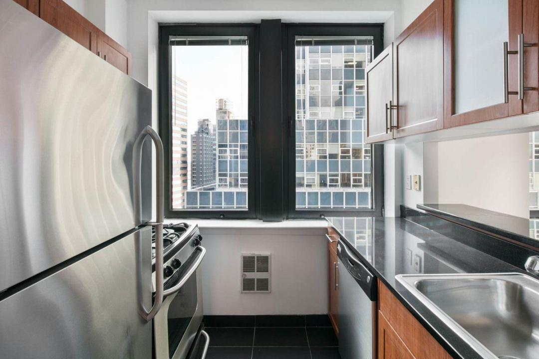 Rental Apartments at 100 Maiden Lane Kitchen