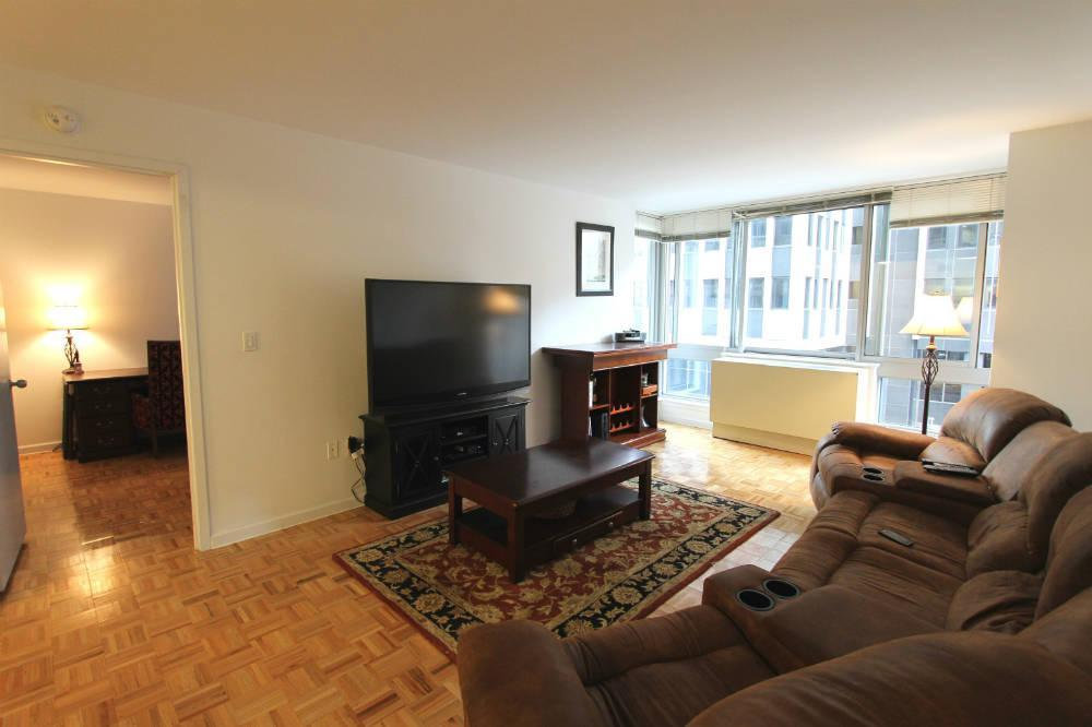 111 Worth Street Living Room - Manhattan Apartments for rent