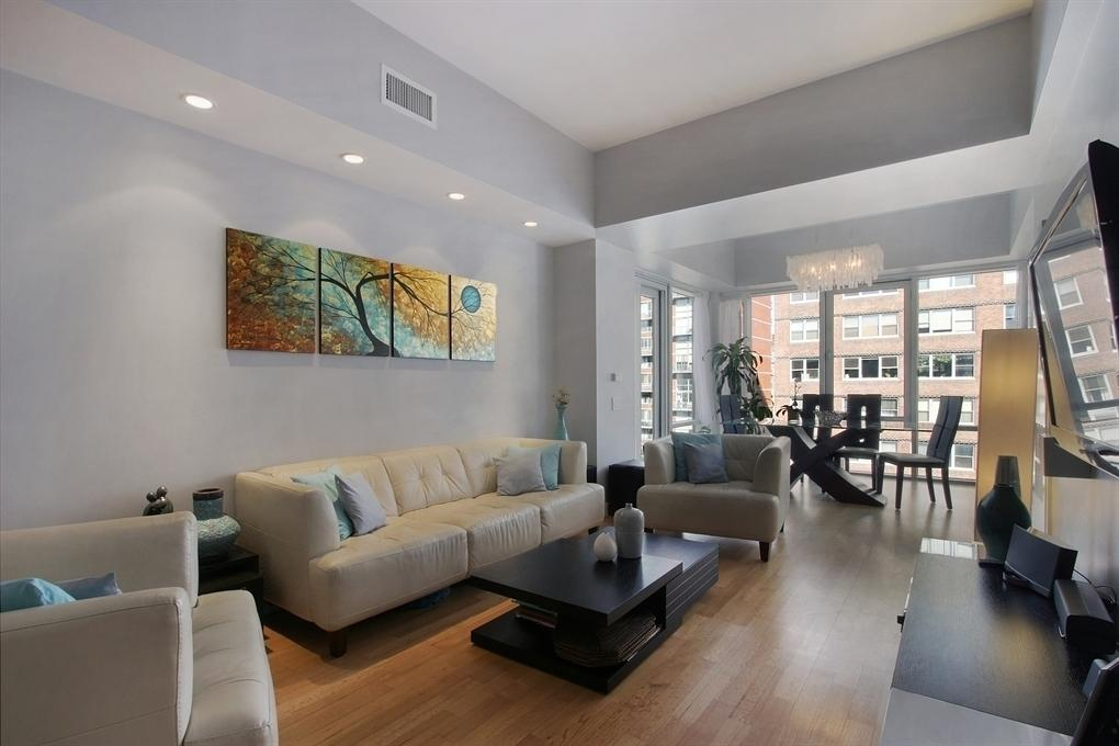 14 West 14th Street Living Room – NYC Rental Apartments