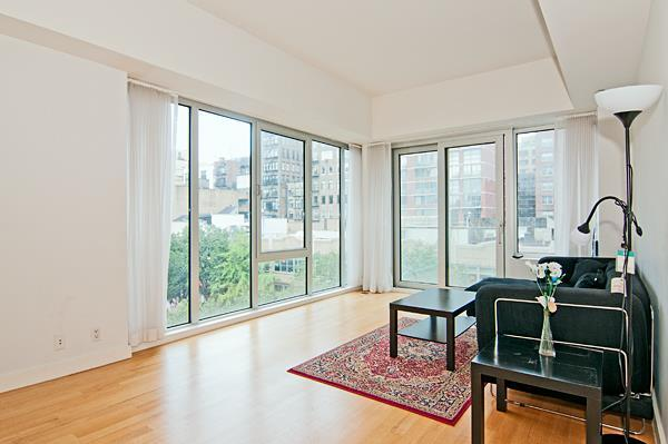 14 West 14th Street Living Room – Manhattan rental Apartments