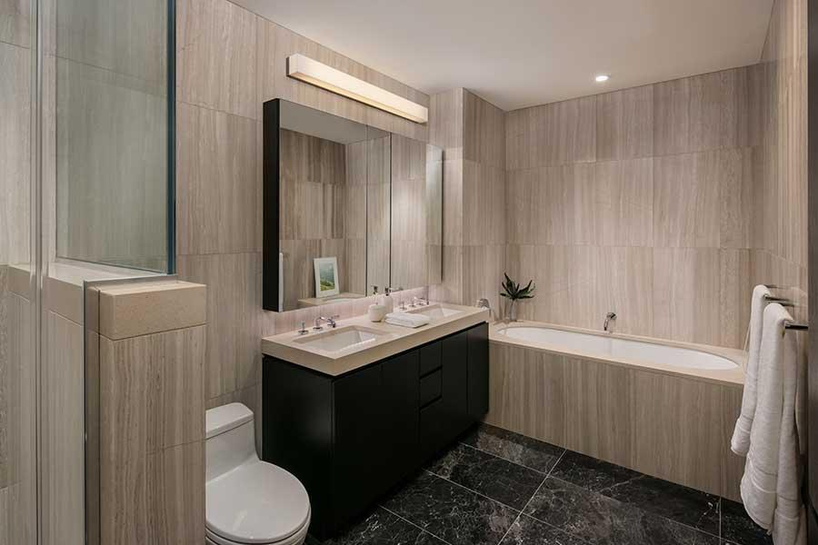 Apartmens for rent at One Sixty Madison in Manhattan - Bathroom