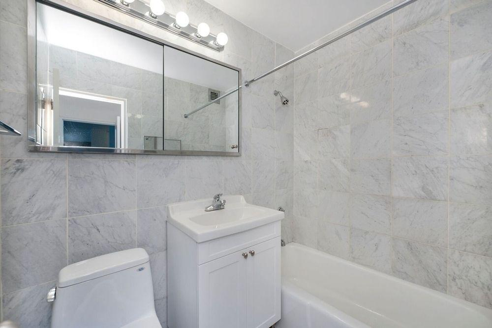 Bathroom - Apartments for rent