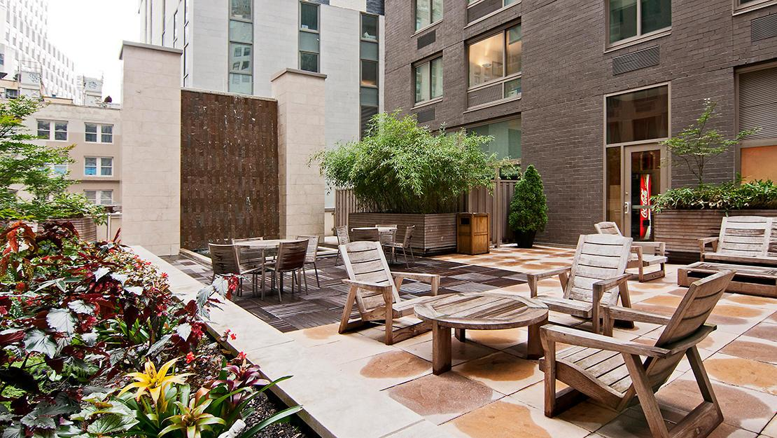 2 Gold Street rental building Rooftop Solarium - NYC Flats