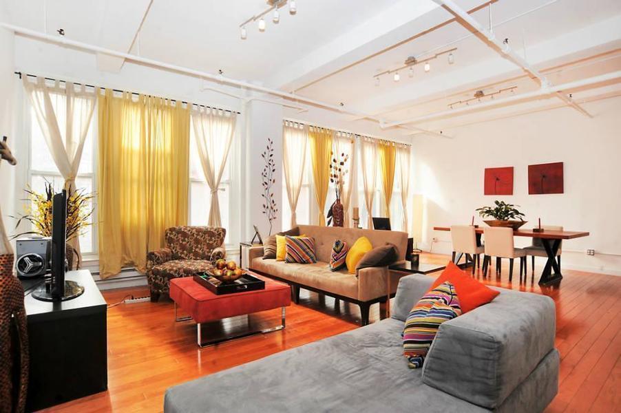Living Room - Chelsea - Manhattan - New York City Rentals