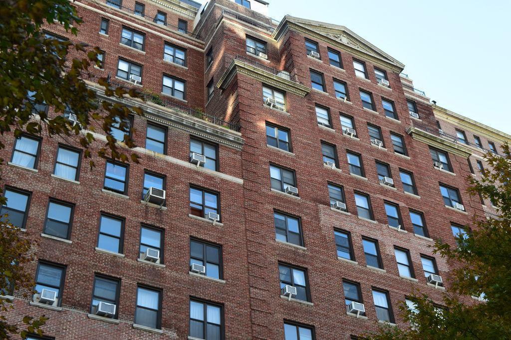 210 West 70th Street - Upper West Side Rentals, NYC