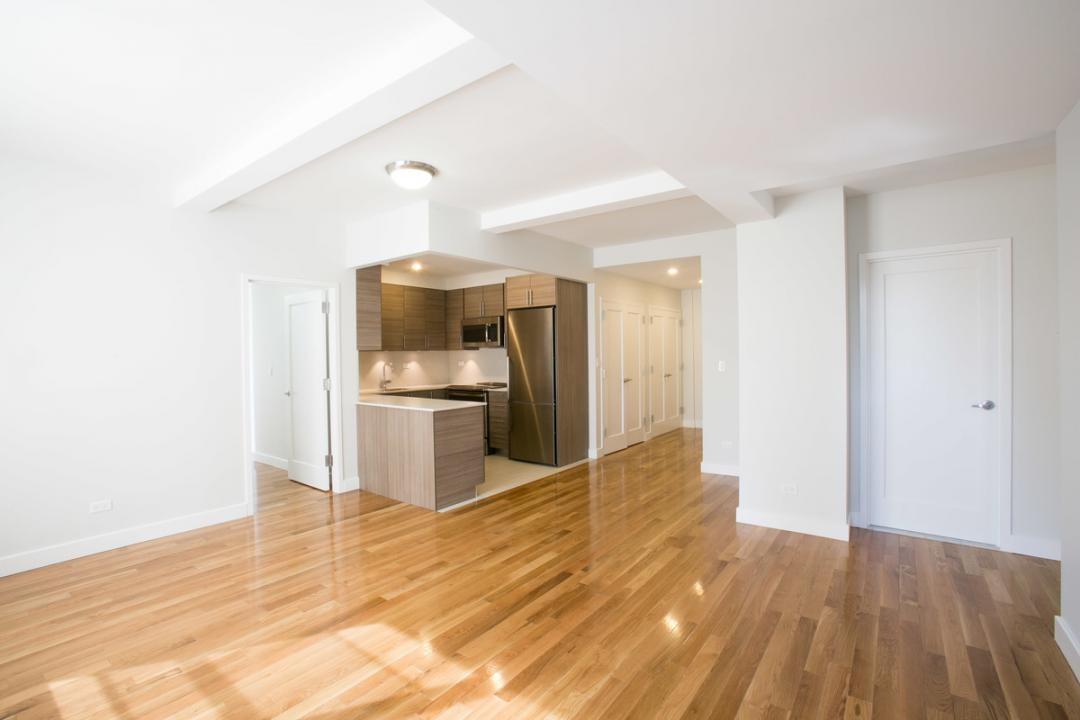 210 West 70th Street - Upper West Side Rentals, NYC Living Room