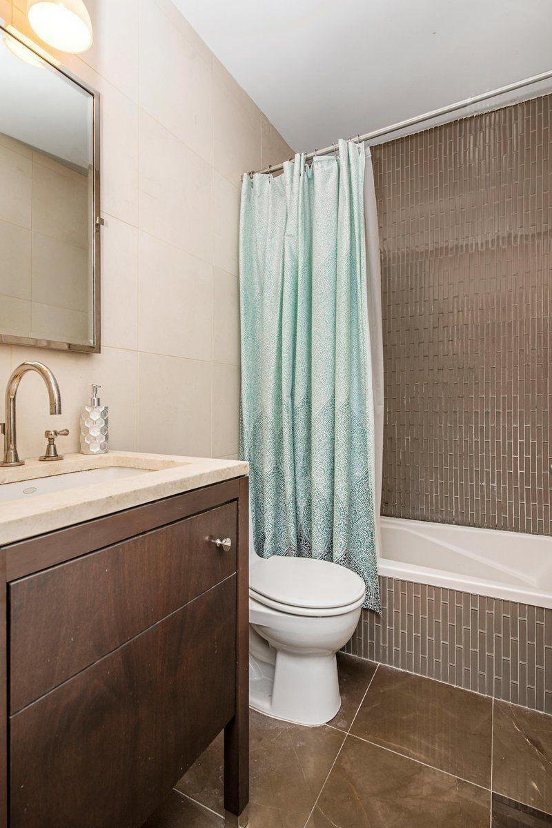 Apartments for rent at 212 East 47th Street - Bathroom