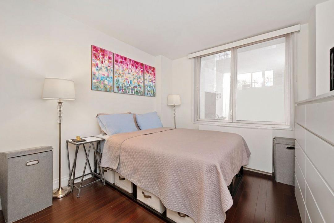 Apartments for rent at 212 East 47th Street - Bedroom