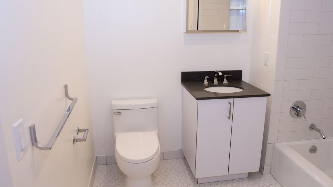 Apartments for rent at 2211 Third Avenue in East Harlem - Bathroom