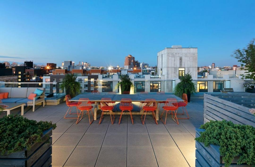 The Building's Rooftop Deck at 247N7