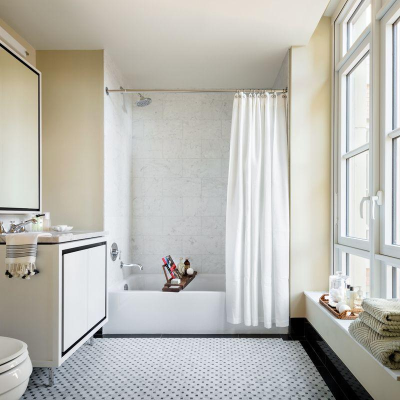 Apartments for rent at 261 Hudson Street in Manhattan - Bathroom