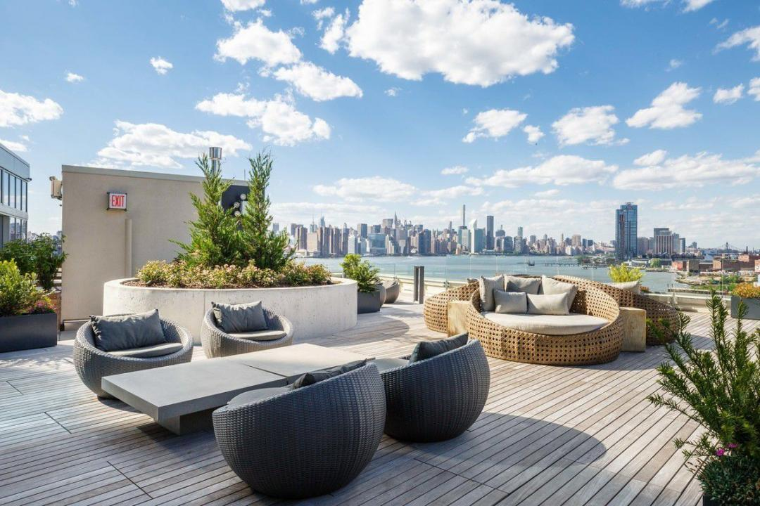 Rooftop deck at Level - 2 North 6th Place apartments for rent