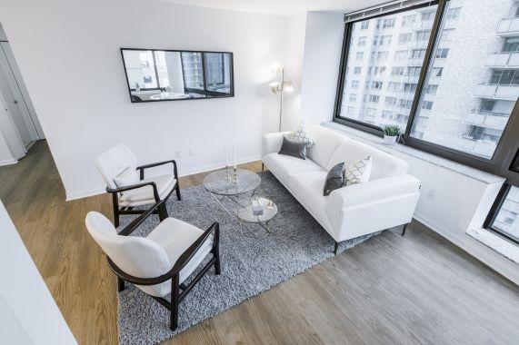 300 East 39th Street apartments for rent Living Room