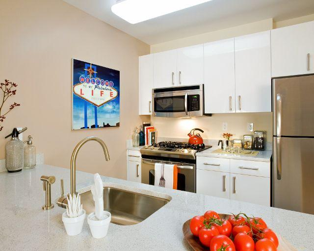 Open Kitchen at 34 Berry Street in NYC - Apartments for rent