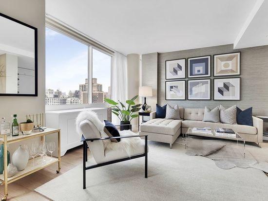 Post Toscana apartments Living Room