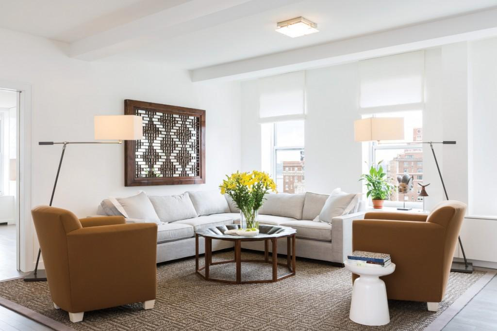 Livingroom at 393 West End Avenue in NYC - Condos for rent