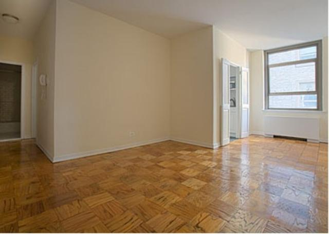 4 Park Avenue Living Room - NYC Rental Apartments