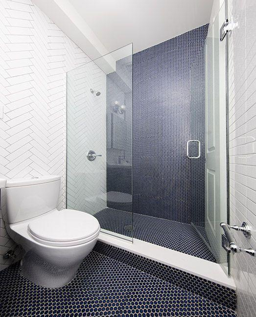 Apartments for rent at 400 East 74th Street in Manhattan - Bathroom