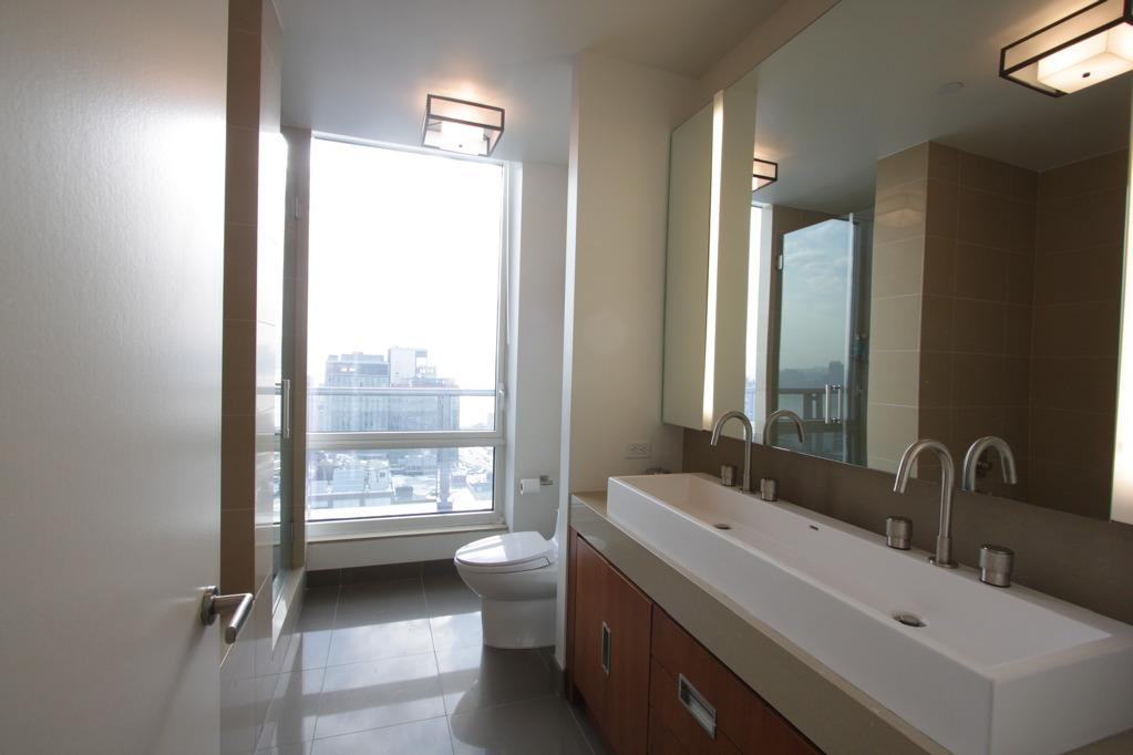 Bathroom - The Caledonia - Chelsea - Condominium For Rent - New York