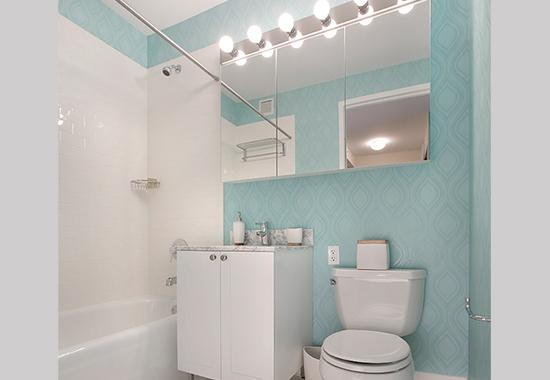 Apartments for rent at Hudson Yards in Clinton - Bathroom