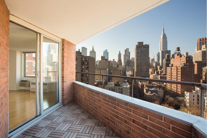 Apartment Terrace at 470 Second Street