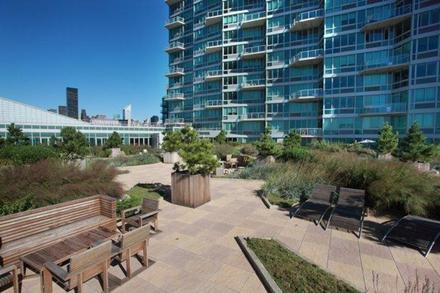 Long Island City Luxury Rentals - 47-20 Center Boulevard