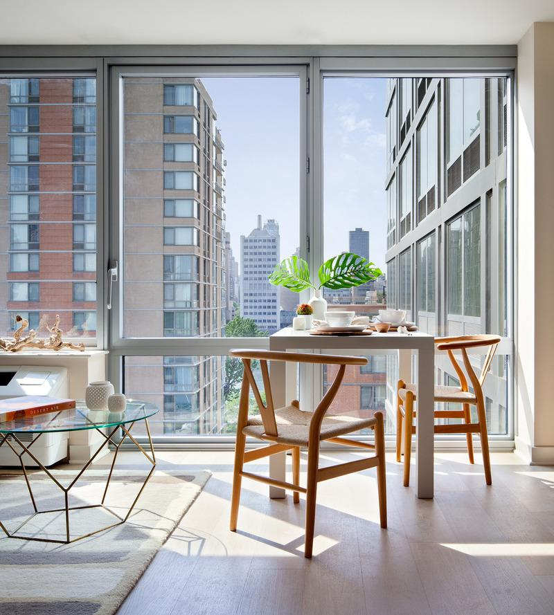 Apartments for rent at Riverwalk Point in NYC - Dining area