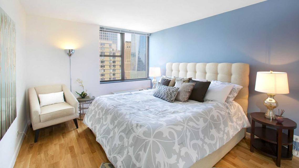 500 Gateway Plaza Apartment Bedroom