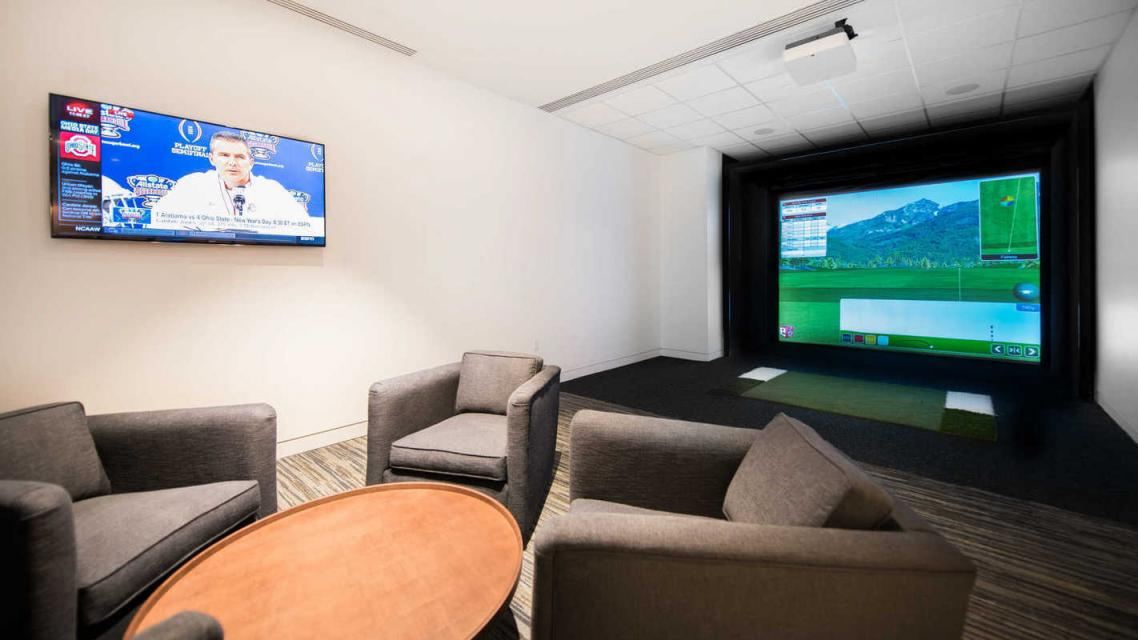 Rentals at Prism at Park Avenue South in Manhattan - Golf Simulator
