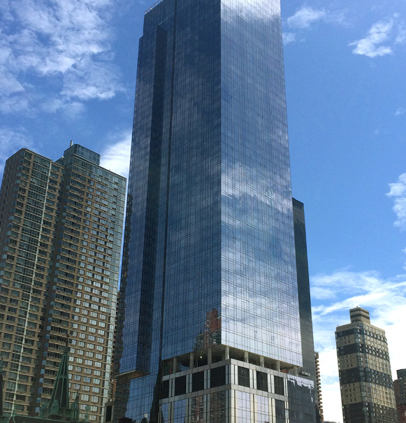 Luxury Low Income Apartments: 555 Tenth Avenue Rentals