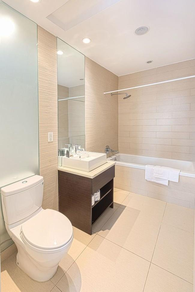 Bathroom - Apartments for rent at 65 Ainslie Street in NYC