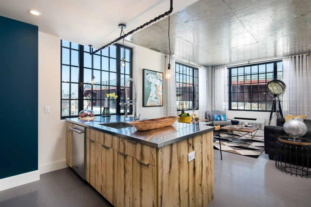 Rentals at 72 Box Street in NYC - Open Kitchen
