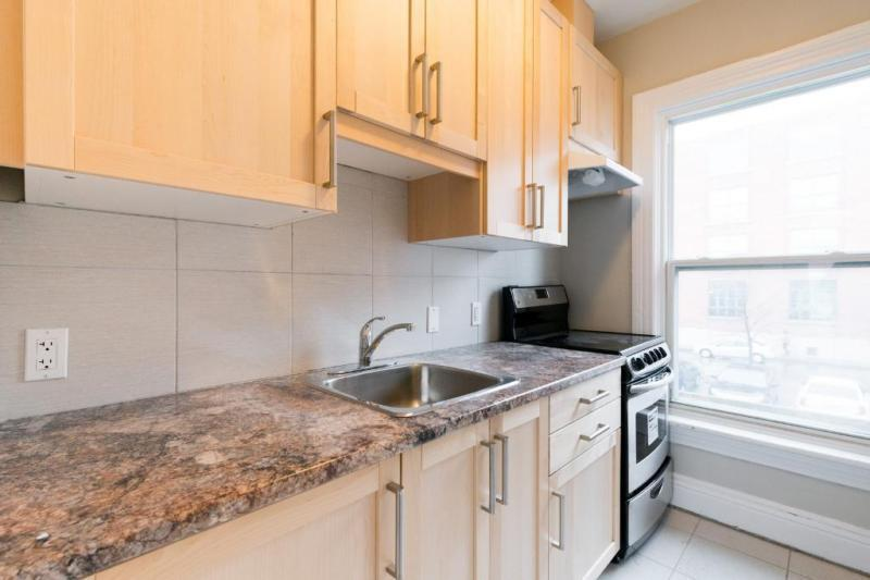 Apartmets for rent at 85 John Street - Kitchen