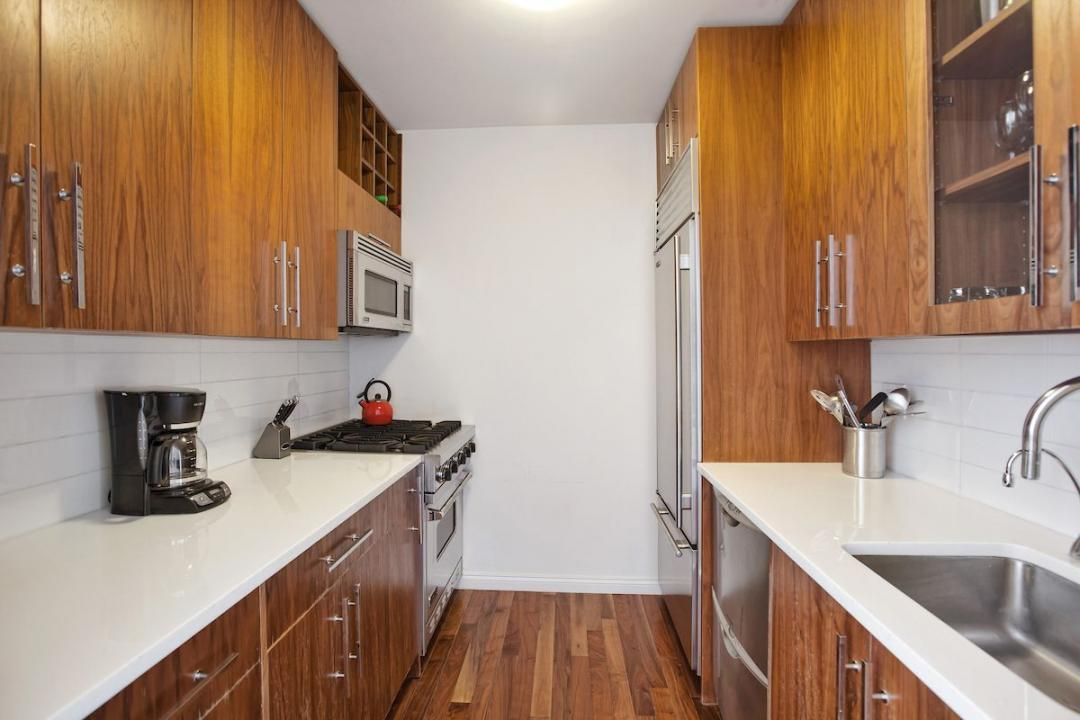 Kitchen-88 Greenwich Street- condo for rent in NYC