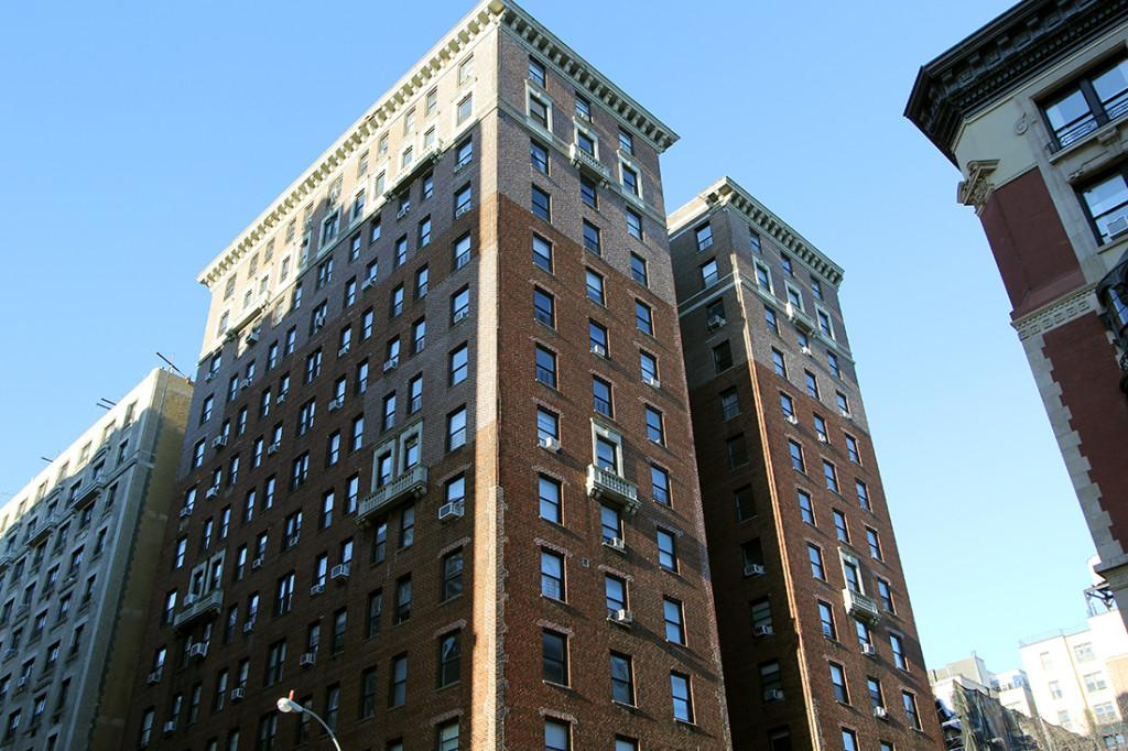 Apartments for rent at 915 West End Ave in Upper West Side
