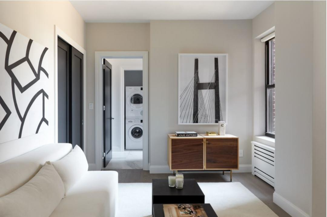 Living Room at 915 West End Ave in NYC - Apartments for rent