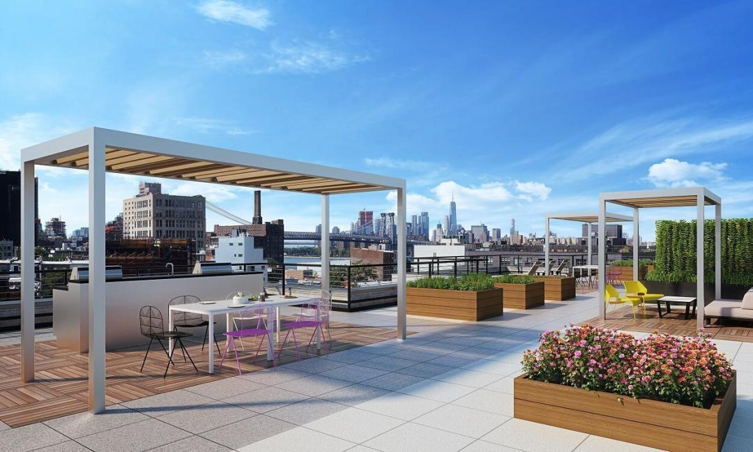 Rooftop Terrace at House No. 94 in Brooklyn - Apartments for rent