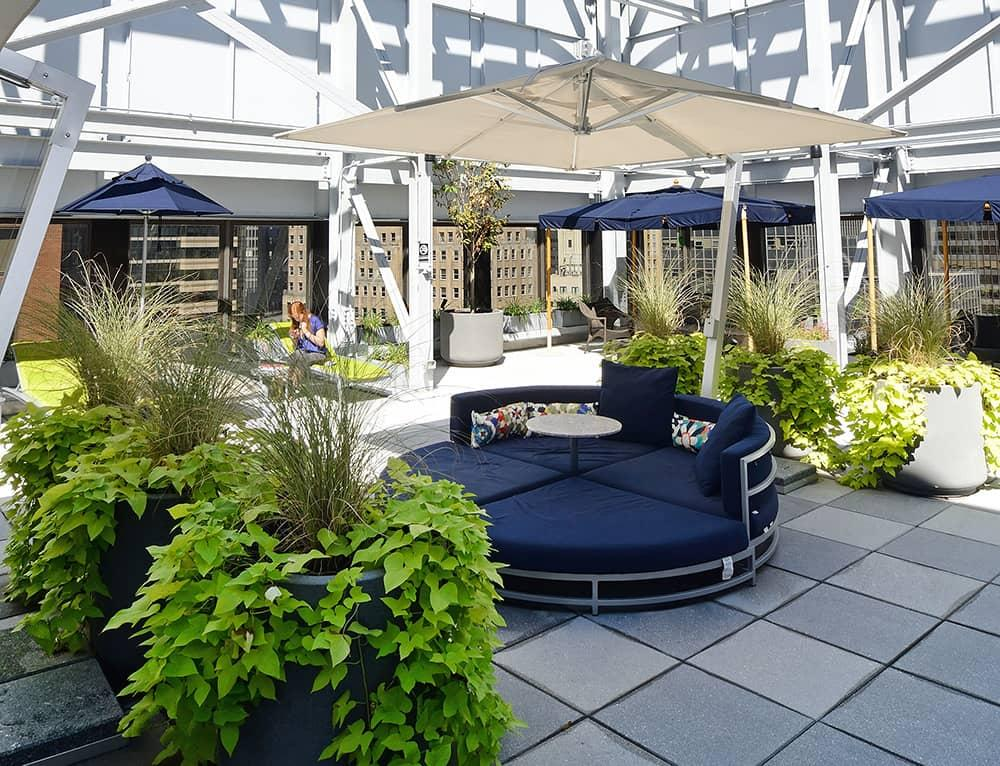 95 Wall Street Rooftop Deck Lounge - Manhattan Rental Apartments