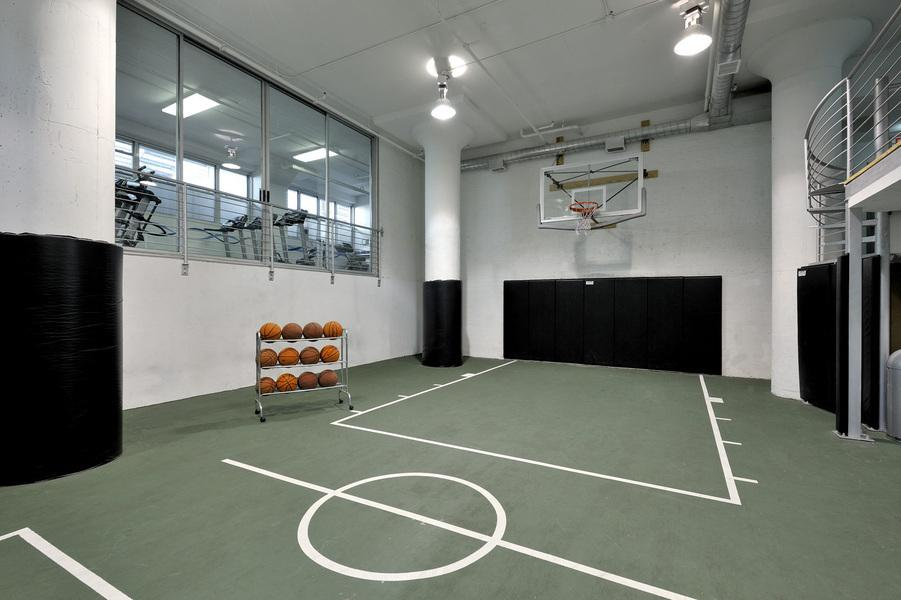Apartments for rent at 99 Gold Street - Basketball Court