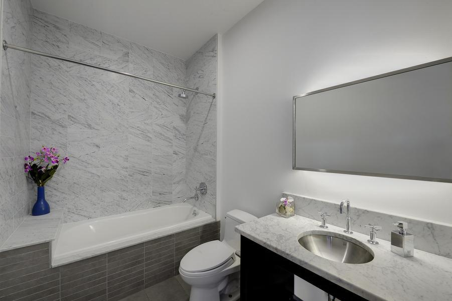 Apartments for rent at 99 Gold Street - Bathroom