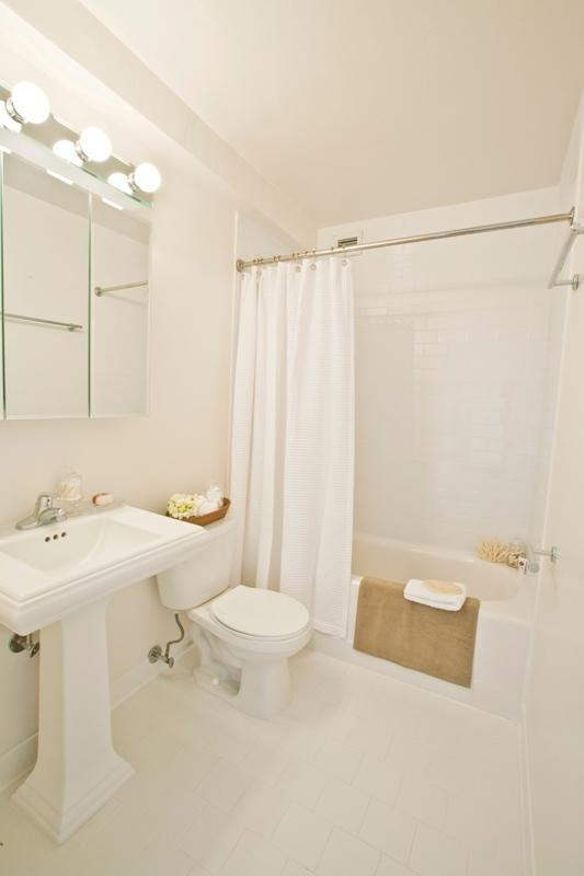 101 West 90th Street Bathroom – NYC Rental Apartments