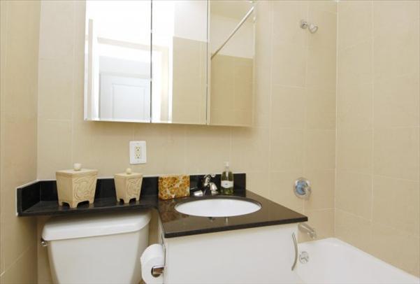 Parc 77 apartments Bathroom