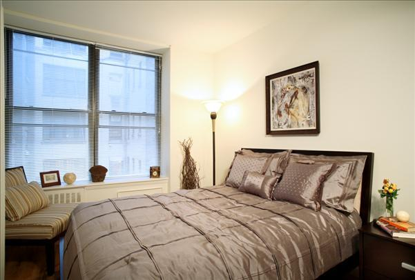 Parc 77 rental building Bedroom – NYC Flats
