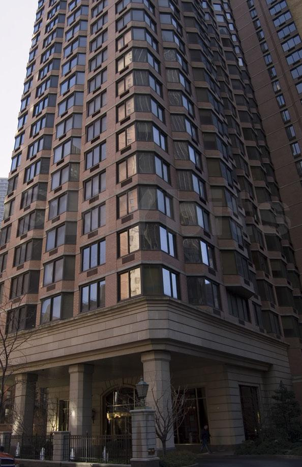 Paramount Tower Building - 240 East 39th Street apartments for rent