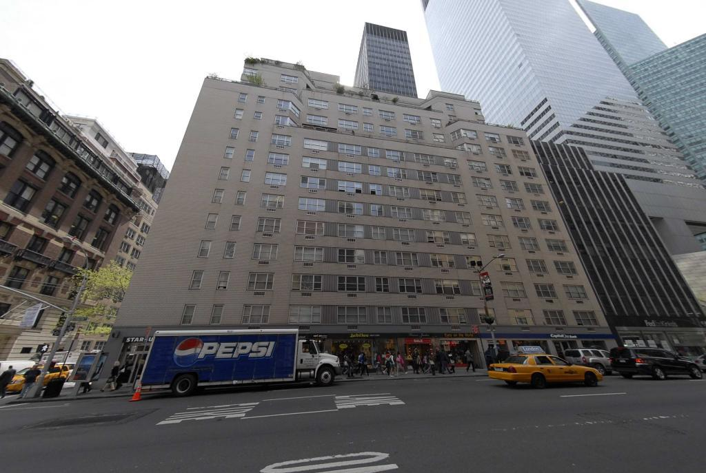 136 East 55th Street Building - Midtown East apartments for rent