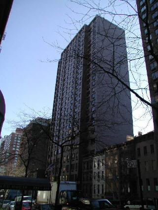 220 East 72nd Street Building - Upper East Side apartments for rent