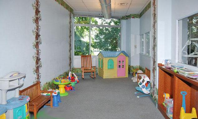 41 River Terrace Children Playroom - Manhattan Rental Apartments