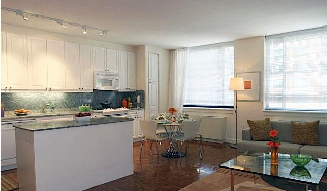 Tribeca Bridge Tower apartments Dining Area