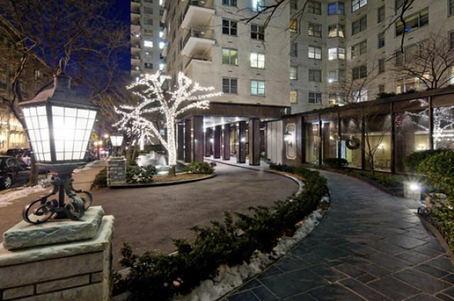 The Pavilion Driveway - Upper East Side Apartment Rentals