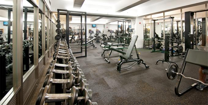 10 Hanover Square Fitness Center - Financial District Apartment Rentals